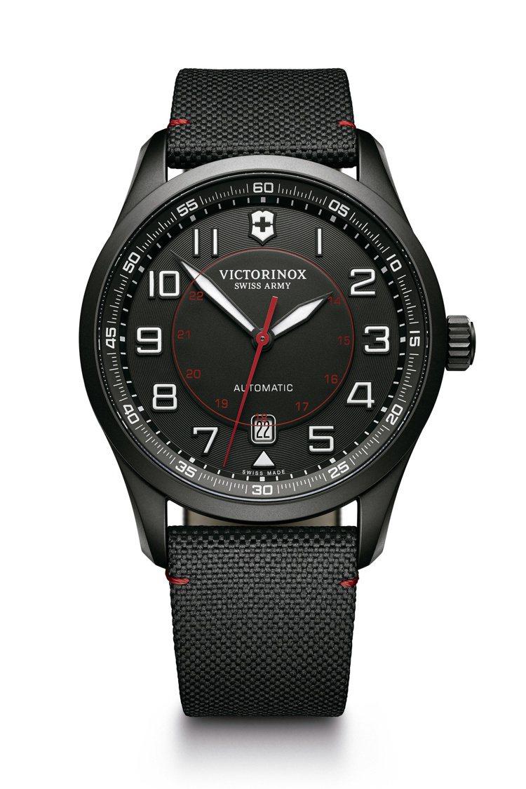 Airboss Black Edition自動上鏈機械三針腕表,價格34,000...