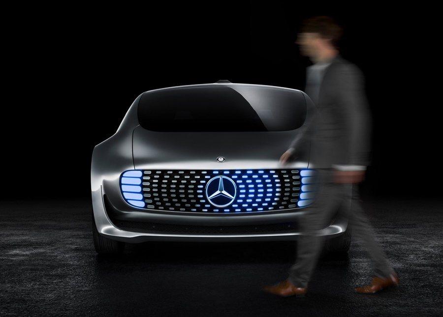 賓士F015自動化科技,在展區中將有虛擬技術呈現它的神技。