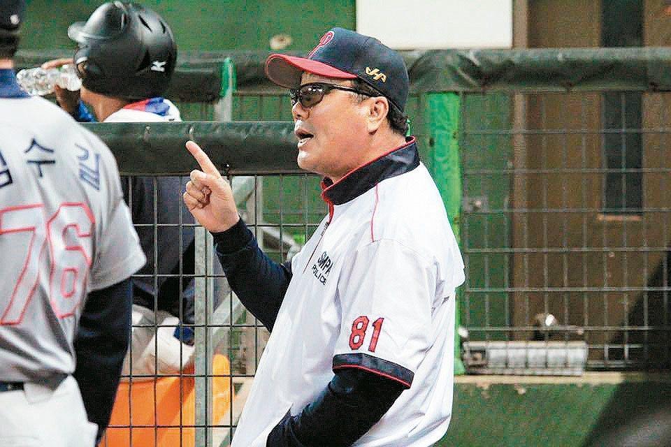 冬盟韓職聯隊總教練柳承安。 圖/中華職棒聯盟提供