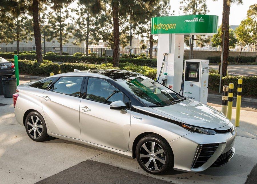 Toyota Mirai氫燃料電池車提供零碳排放最佳方案。 圖/Toyota提供