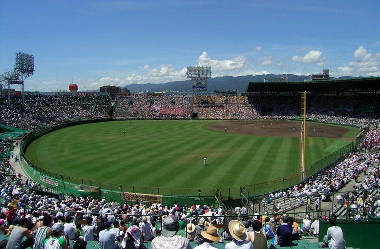 著名的甲子園棒球場,其實是大型軌道運輸業者的附屬事業。 圖/維基共享