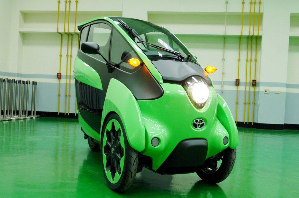 圓潤靈活的車頭造型,讓人印象深刻。 記者陳威任/攝影