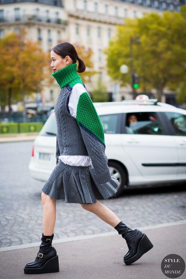 色調的拼接顯得十分時尚,保暖系數也很高。圖文:悅己網