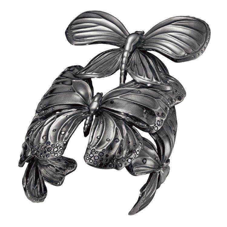 The Askill Collection頂級限量款純銀鍍銠黑鑽蝴蝶手鐲。 圖/...