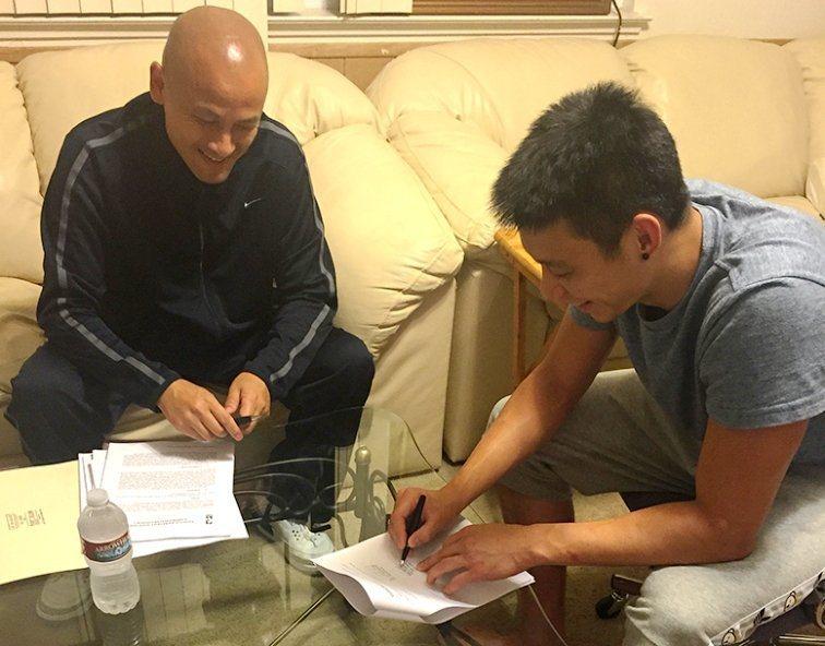 黃蜂隊已簽下NBA台裔後衛林書豪。 林書豪臉書