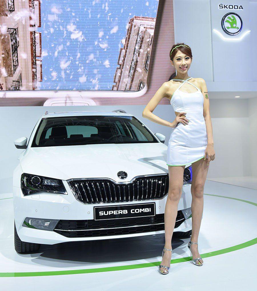 今年9月份甫在德國法蘭克福車展發表的全新Superb Combi,在Skoda ...