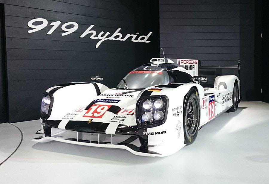 保時捷919 Hybrid搭載小型化渦輪增壓技術,與缸內直噴2.0升四引引擎,再...