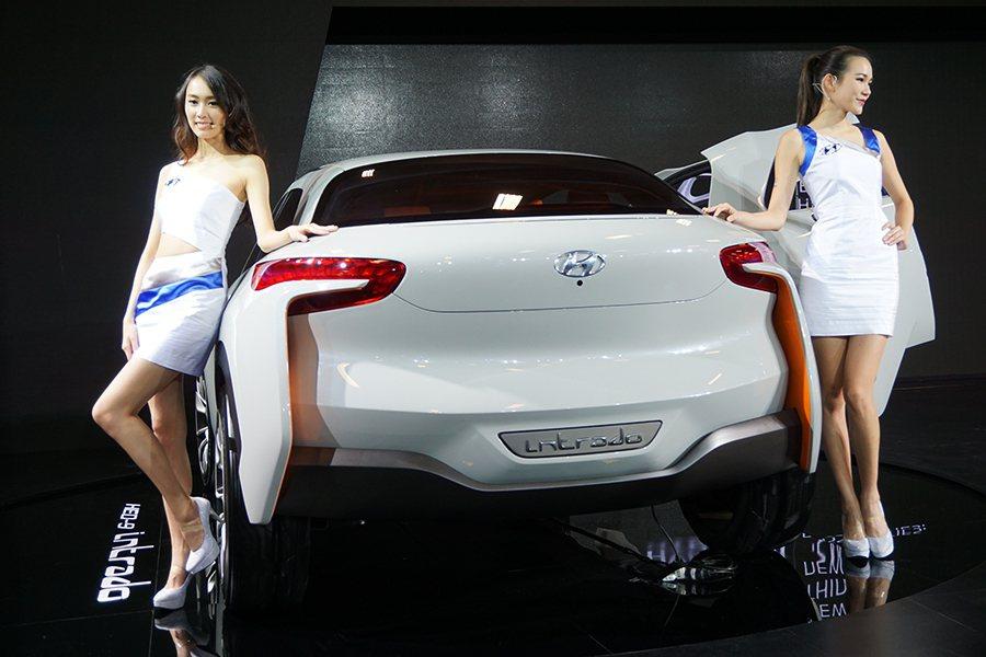 Hyundai展區 記者敖啟恩/攝影