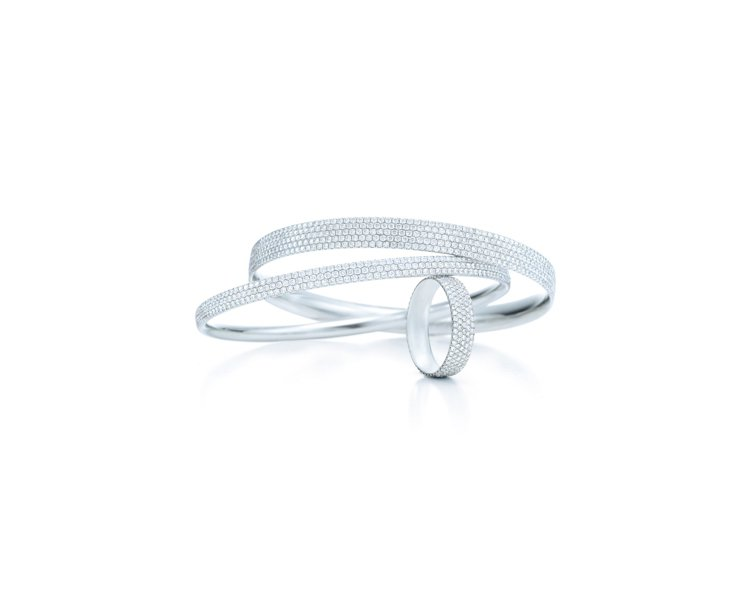 Tiffany Metro 18K白金鑽石手環,寬版NT,000,000;窄...