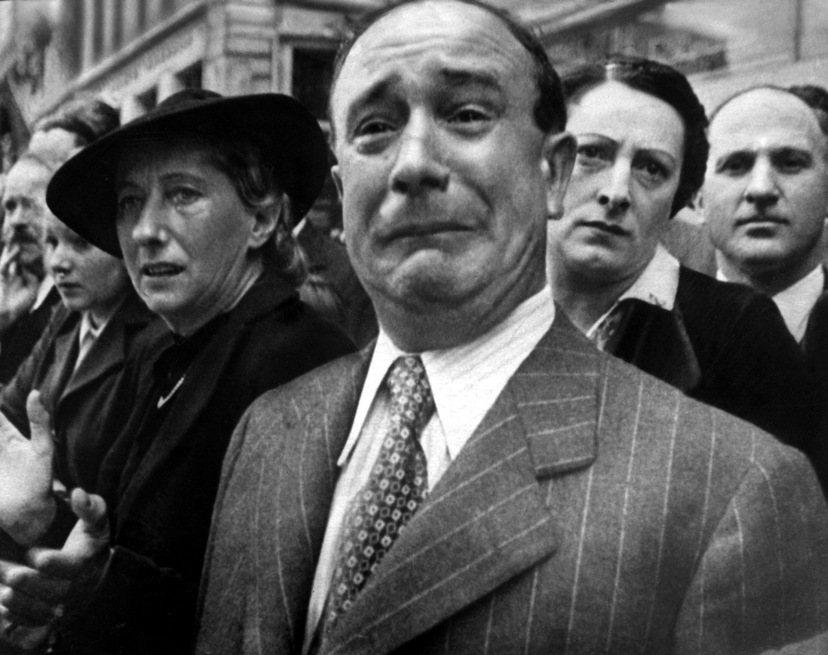 對許多法國人來說,有生之年目睹了兩次世界大戰是令人不堪回首的慘痛記憶;在聽到法國...