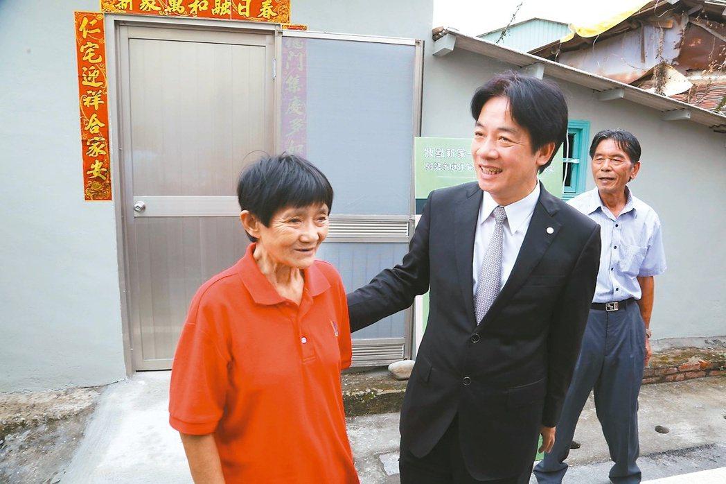 台南市長賴清德表示,接任台南市長以來,即把「以人為本、公益向善」作為政府積極推動...
