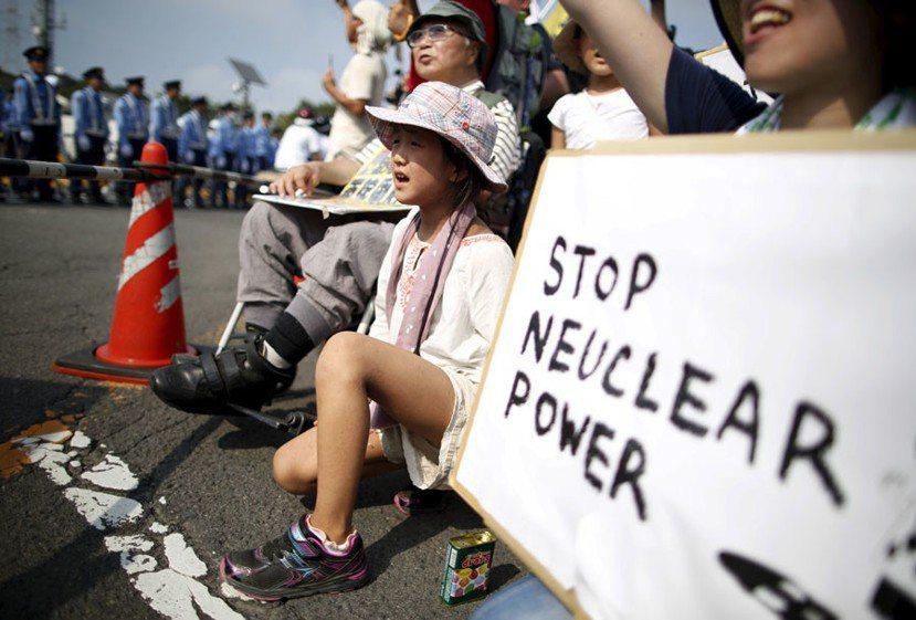 2011年東日本大震災餘悸猶存,核電放射性物質泄漏如海嘯般衝擊日本大眾對環境保護...