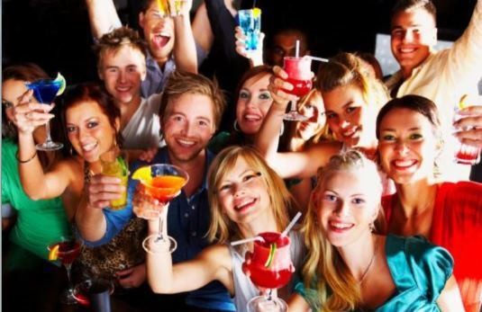 跨年總是有很多派對,沒人約要怎麼辦呢?示意圖/聯合報系資料照。