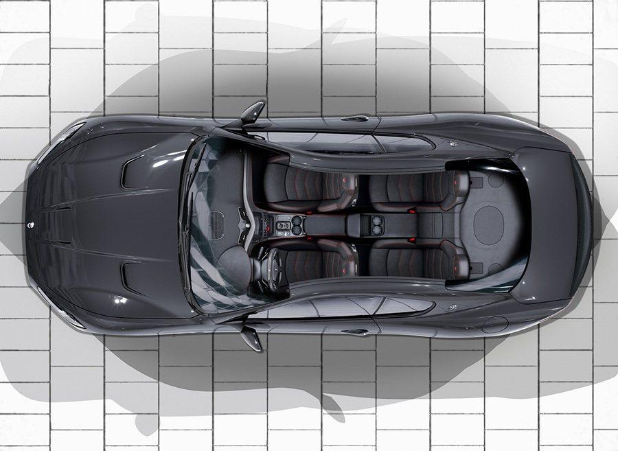 以「Maserati Corse」為名、義大利文Stradale「街道」之義,強...