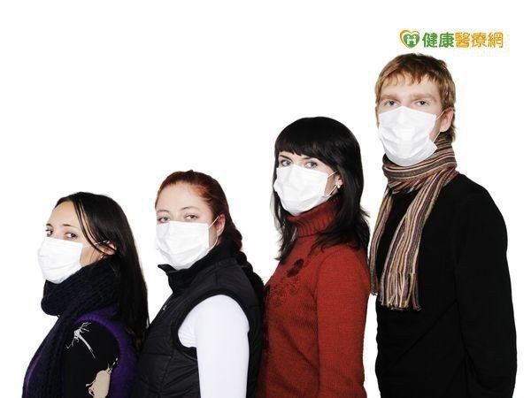 PM2.5濃度高,不只影響呼吸道,更可能引起疝氣。