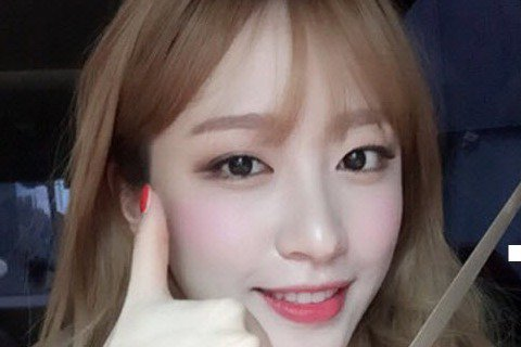 韓國組合EXID成員HaNi減重9kg,自稱「看臉太嚇人」。31日,HaNi在錄製SBS電視台FM節目時被問到減重9kg的秘訣,HaNi說「真的吃的很少很少,瘦了9kg之後,看自己的臉真的很嚇人,所...