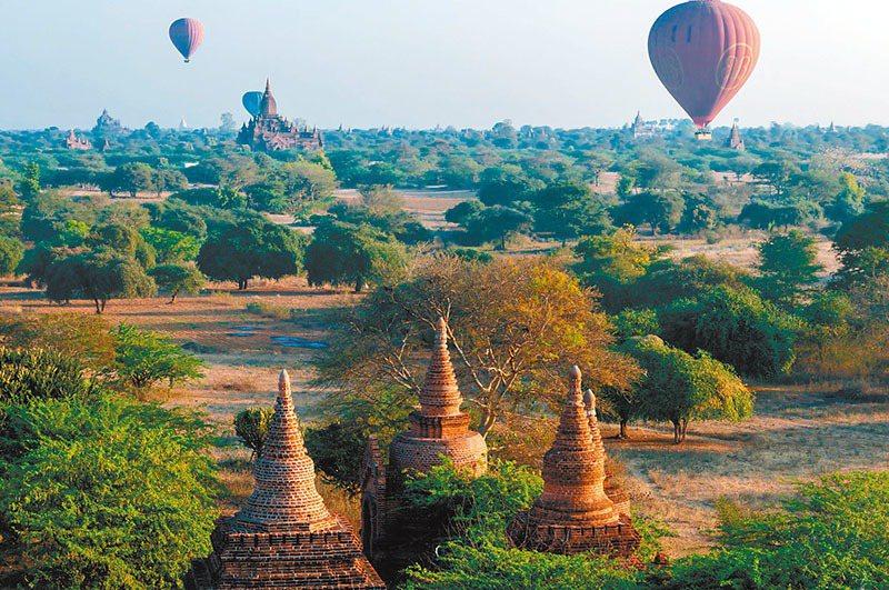 緬甸的蒲甘也是知名熱氣球體驗景點。 圖/ingimage提供