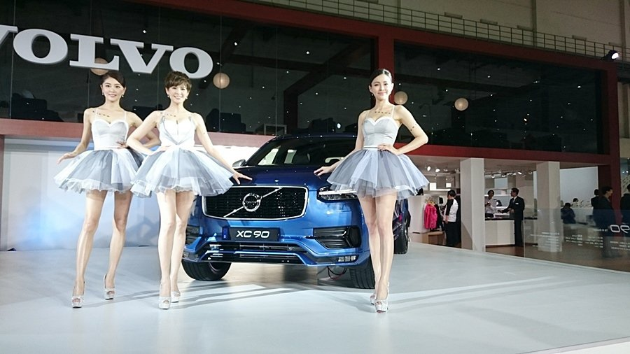 高價車接單也亮眼,VOLVO接到308張訂單,XC90占了大半。 記者趙惠群/攝...