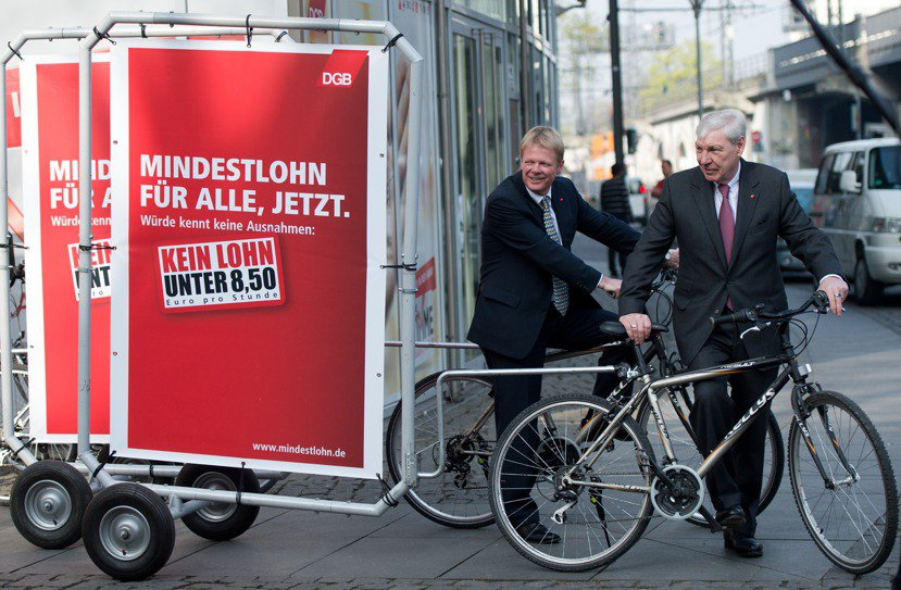 2014年一月,基本工資法通過前一年,時任德國工聯會主席佐默爾(Michael ...