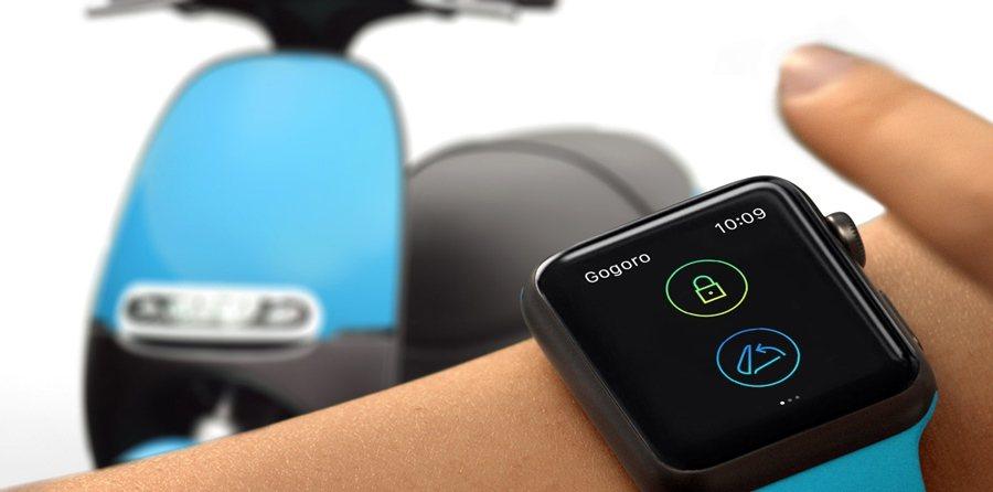 Gogoro發表全新智慧解鎖功能,透過智慧型手機或 Apple Watch等行動裝置即可讓SmartScooter上鎖、解鎖與開啟車廂。 圖/Gogoro提供