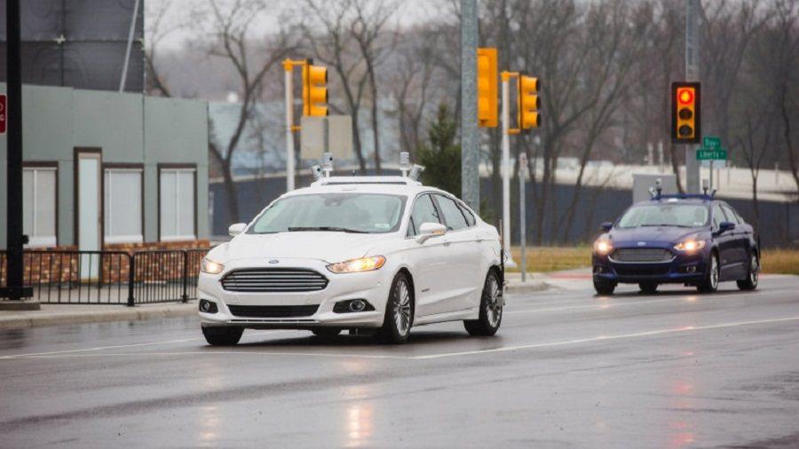 Ford今年非常積極地進行自動駕駛車的道路測試。 截自autoblog.com
