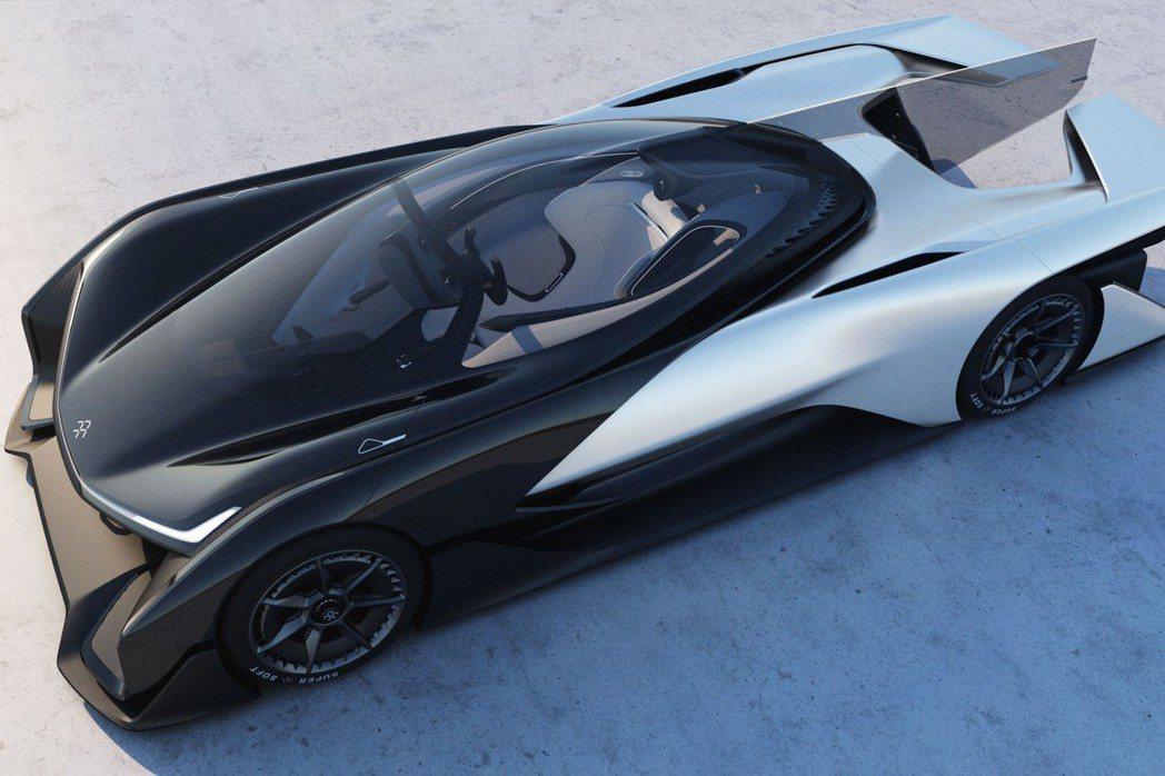 FFZERO1以圓滑的線條元素,打造GT賽車概念。 摘自Faraday Future