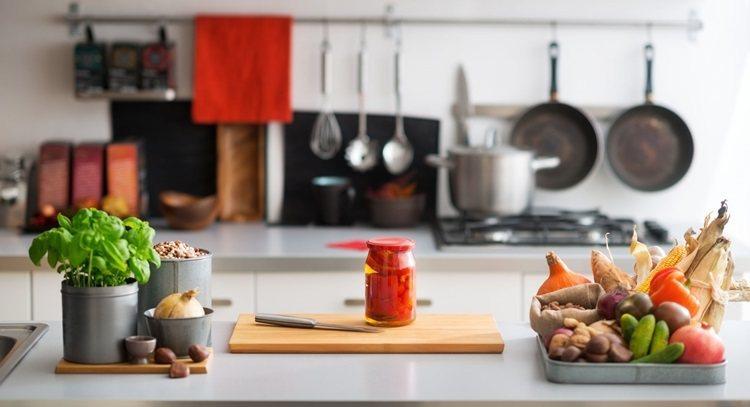 廚房隨時備有某些食材,可以讓餐點更健康美味。 圖片來源/123RF