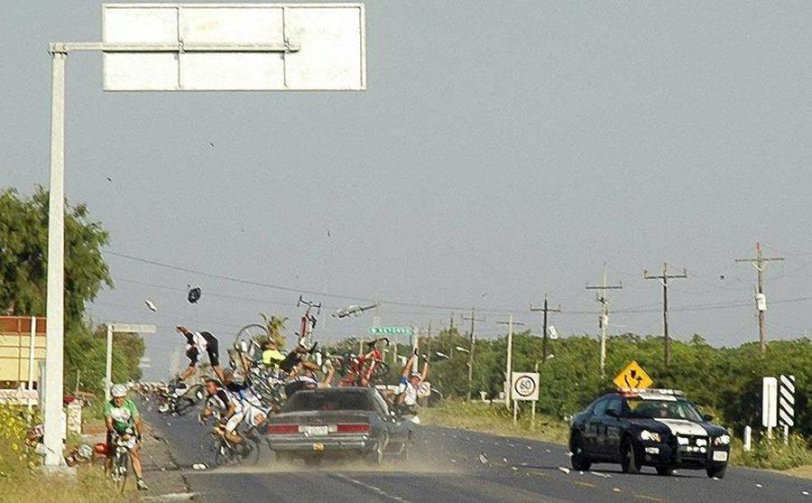 機車或腳踏車是皮包鐵,車禍傷勢絕對更嚴重。 摘自wordpress.com
