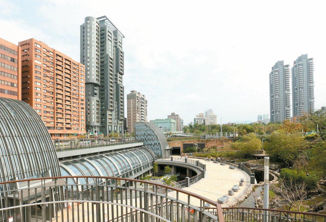 圖為捷運信義線大安森林公園站。 記者陳立凱/攝影
