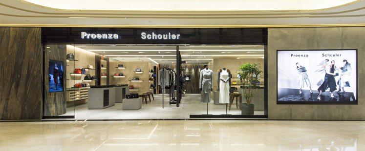 輕奢品牌於下半年度大舉進駐台灣。圖/Proenza Schouler提供