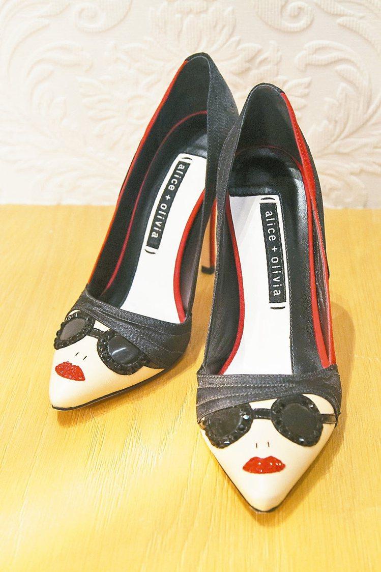 Alice+Olivia Stace Face高跟鞋,售價18,900元。 圖/...