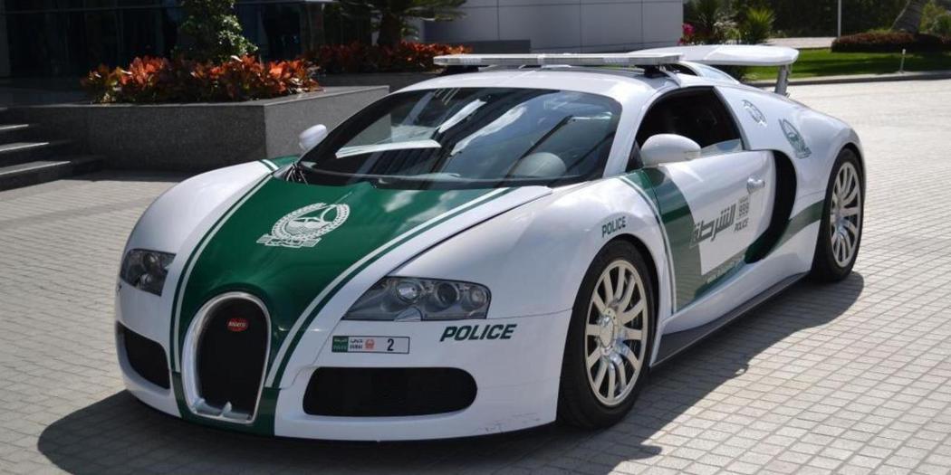 Bugatti Veyron。