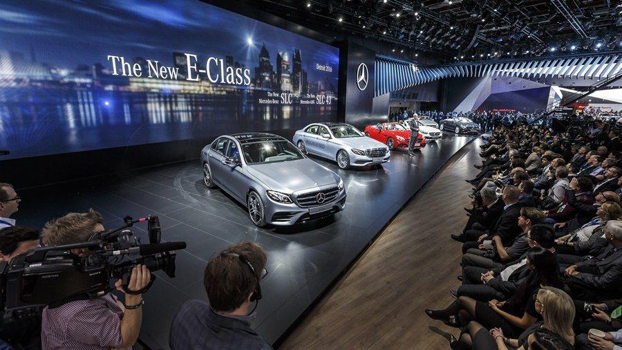 賓士北美底特律車展,全球首發全新10代中大型房車E系列。 圖/Mercedes Benz提供