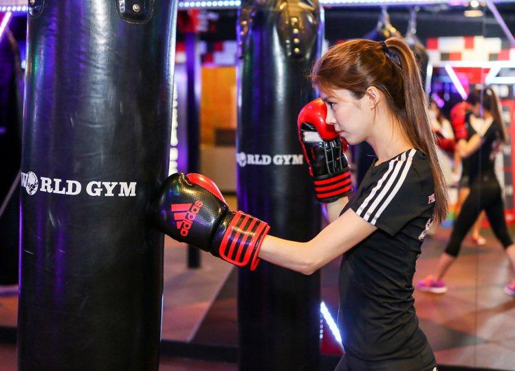 打造健康生活,應避開運動時的兩大壞習慣。圖/World Gym提供