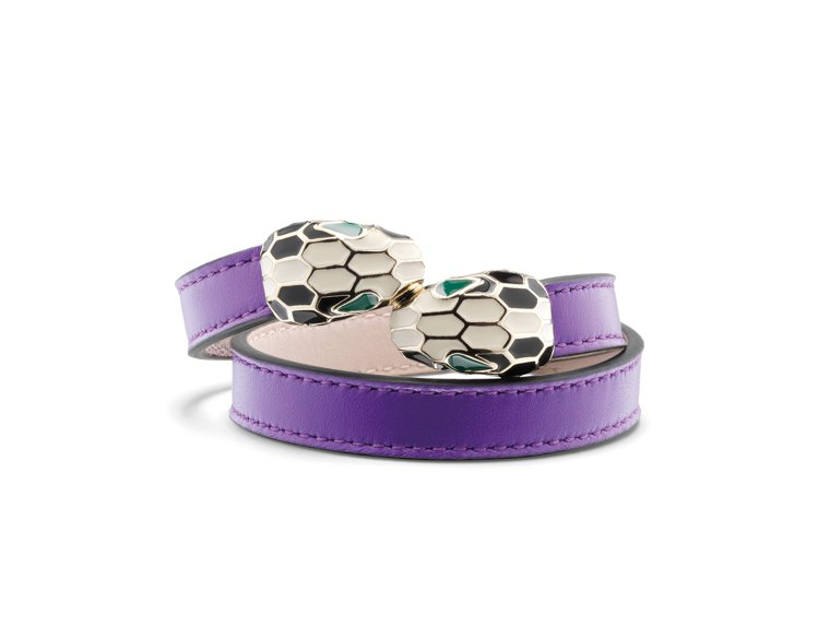 Serpenti Forever羅蘭紫水晶色小牛皮手環,約14,300元。圖/寶...