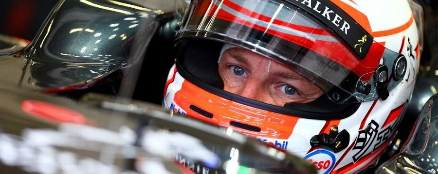 頭盔的彩繪會隨著各賽季,車隊的活動,車隊(車手)主場或是紀念日的不同而有變化。 摘自espn.co.uk