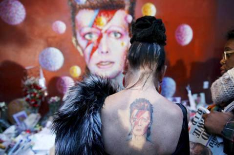Why David Bowie? 我們住在火星上的媒體生活