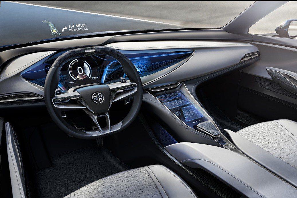 原廠導入大尺寸中控台顯示幕,結合數位儀錶組提供更豐富的資訊顯示。 摘自Buick.com