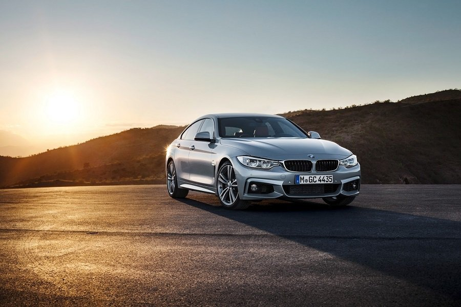 新的325d使用一具2.0L直列四缸雙渦輪增壓柴油引擎,擁有224hp的最大馬力。 摘自carscoops.com
