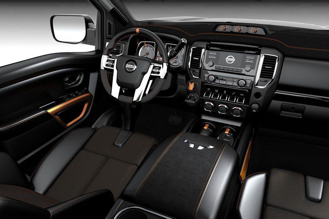 Nissan Titan Warrior座艙導入撥桿式按鍵設計,營造機艙的駕駛氛圍。 摘自Nissan.com