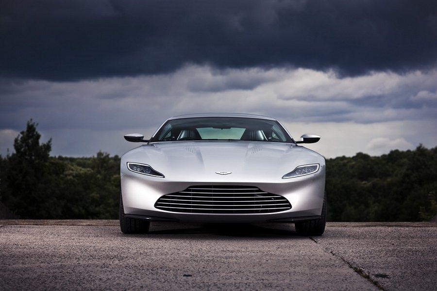 2月18日在英國倫敦將舉行Aston Martin DB10的拍賣會。 摘自Carscoops.com
