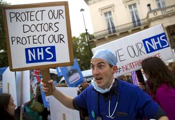 英國醫生大罷工:吹響英國NHS健保革命的號角
