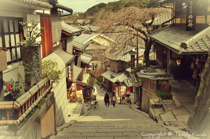對京都人來說,「首都」是一種歷史給予肯定的身分,至今仍是一種無與倫比的驕傲。...