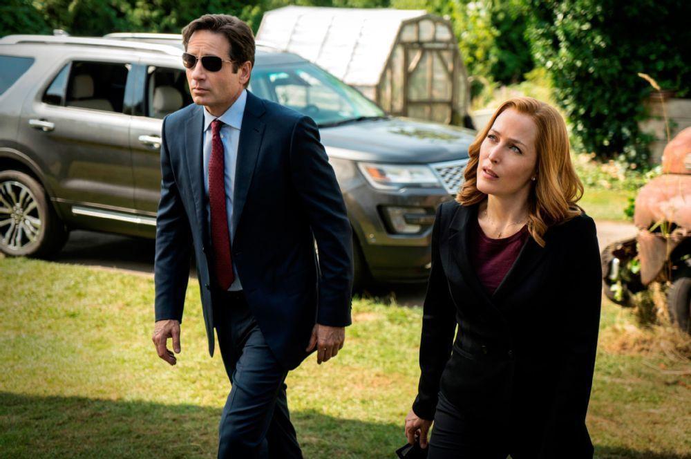 FBI探員穆德(David Duchovny飾演)與史卡利(Gillian Anderson)又將攜手解決超自然案件。 摘自automobilemag
