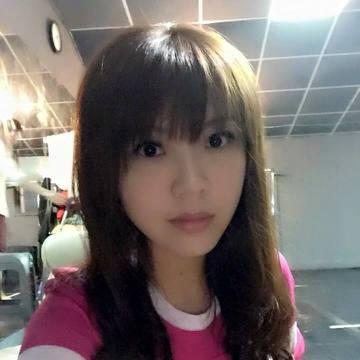 已在大陸居住藝人劉樂妍最近回台灣在台南拍戲,沒想到她看到拍戶外戲時,看到流動廁所竟感動得想哭!她在微博上說,她現在在台灣拍的這個是一個網絡大電影,昨拍的是戶外的戲,她要告訴大家一個她看到讓我感動的想...