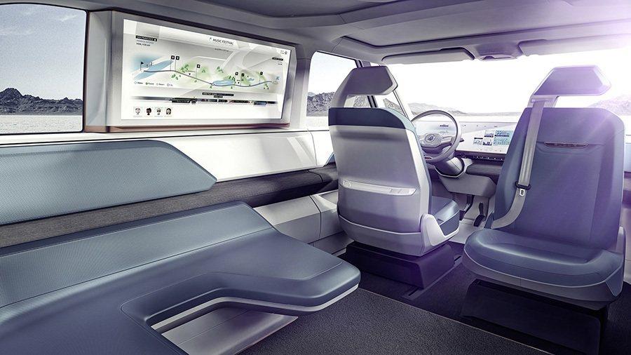 乘客透過車艙內側的34吋螢幕獲得多元娛樂與行車資訊。 Volkswagen提供