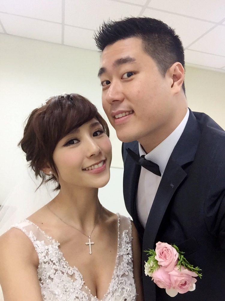 詹乃蓁(左)、夏紹安2015年年底完婚。圖/伊林提供