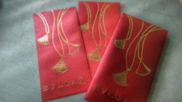 寶格麗紅包袋。記者江佩君╱攝影