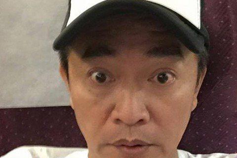 吳宗憲日前曾說「要不是資金問題,韓國人做節目是贏不了台灣的」,卻遭網路紅人主陳沂在臉書酸:「沒人要侮辱整個演藝圈,是有些人自己侮辱了自己」,更表示吳宗憲要擔心的,應該是「大明星小跟班」是否能成功做完...