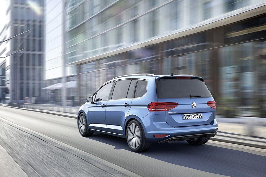 新Touran不只受到消費者喜愛,更分別獲得歐洲新車安全評鑑協會《Euro NCAP》的最高評價、以及英國媒體《WHAT CAR?》之權威肯定。 Volkswagen提供